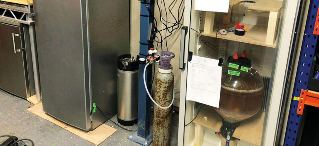 how to build a DIY fermentation chamber